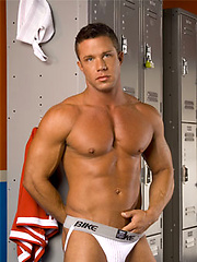 Muscle men from Hot House shows their hootest bodies, Added: 2011-09-06 by Hot House Backroom