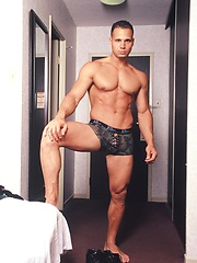 Hot indoor strip set of this Italian stud from Toronto Victor Lucca, Added: 2012-12-19 by Mark Wolff