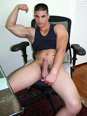 The Ride - Muscle Stud Picks Me Up and Gets Naked, Added: 2013-10-01 by ManAvenue