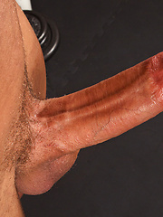 Jock Cameron shows his sexy & muscular body, Added: 2013-10-17 by SeanCody