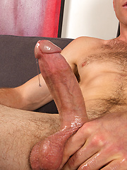 Muscle hunk Gregg strokes dick, Added: 2013-10-19 by SeanCody