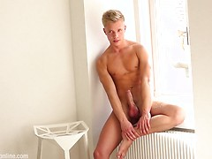 Introducing new sexy blonde boy Robin Rieff, Added: 2019-01-11 by Hammer Boys TV